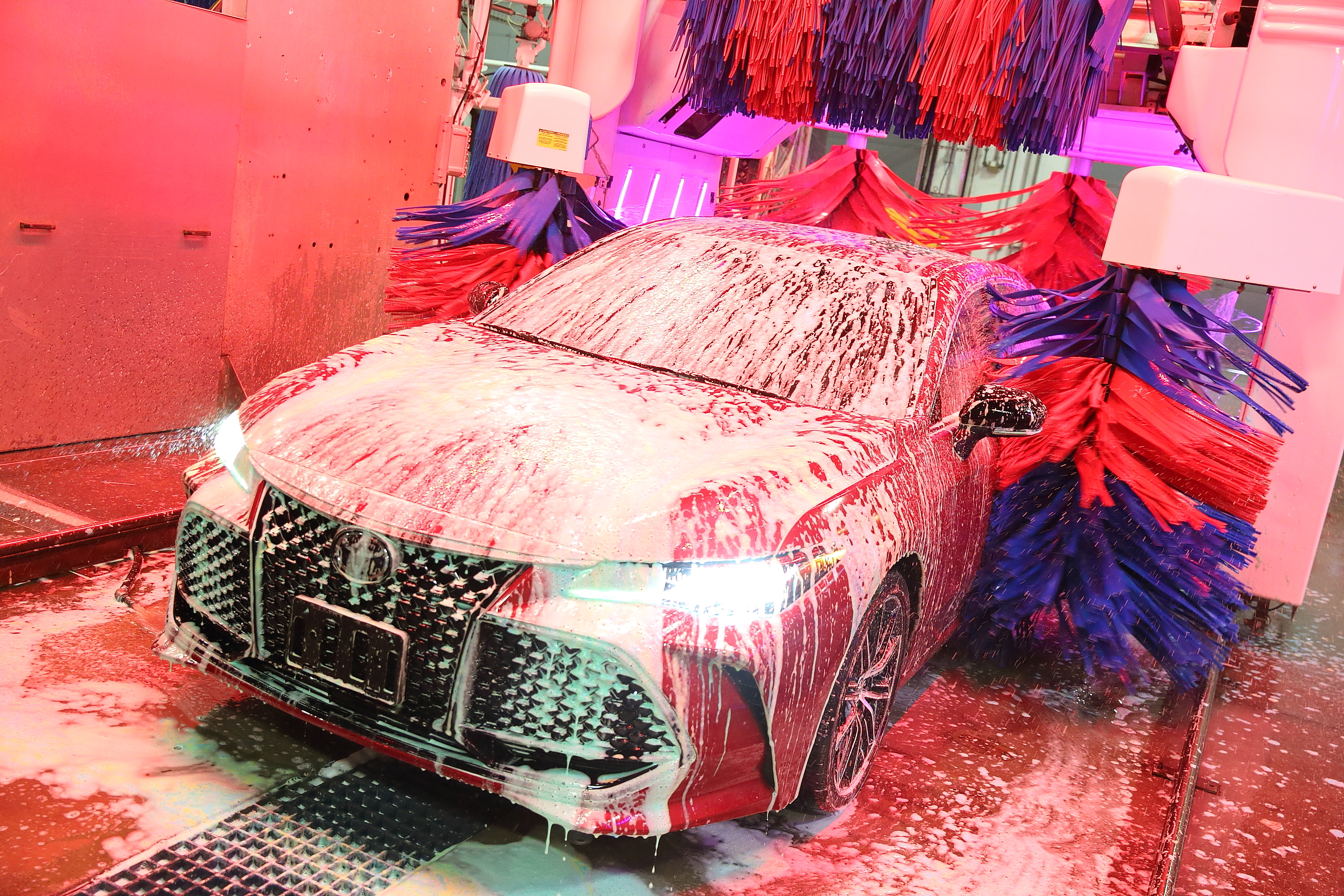 Choosing the Right Car Wash Type For You
